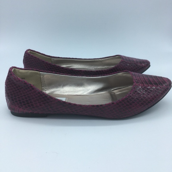 Steve Madden Shoes - Steve Madden Flats - Pink Faux Snake Skin - sz  8m